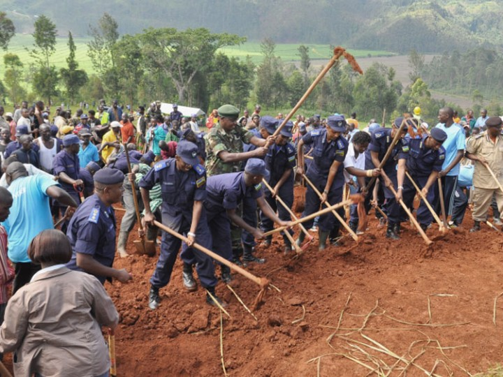 Rwanda National Police: helping build community